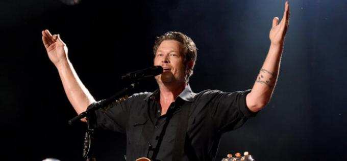 Blake Shelton, Lauren Alaina, The Bellamy Brothers, John Anderson & Trace Adkins at Xcel Energy Center