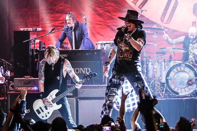 Guns N' Roses at Xcel Energy Center