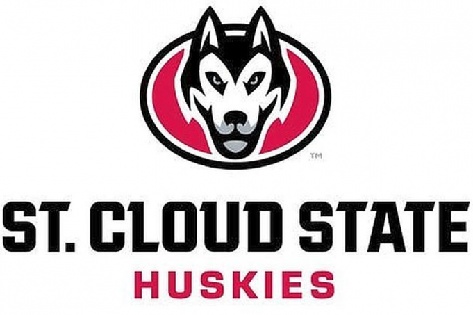 St. Thomas University Tommies vs. St. Cloud State Huskies at Xcel Energy Center